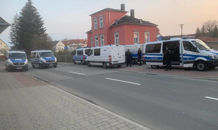 Romy Penz (MdL): Spazieren gehen ist so schön! Wozu aber das massive Polizeiaufgebot in Flöha?