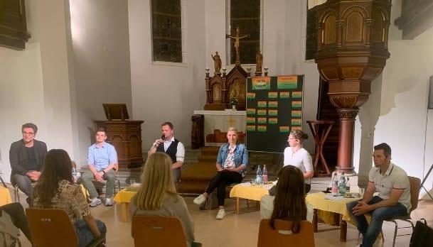 Direktkandidatin Carolin Bachmann am vergangenen Wochenende bei der Podiumsdiskussion in der Jacobikirche Döbeln